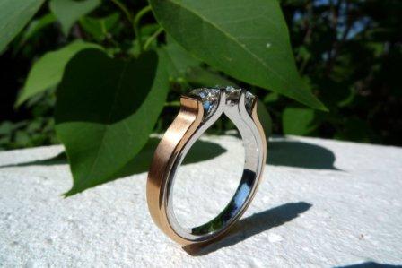 Rivoir Ring 18kt. Rot+Weißgold mit Brillanten