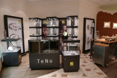 TeNo Corner b.