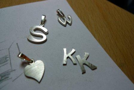 Buchstaben teilweise fertig