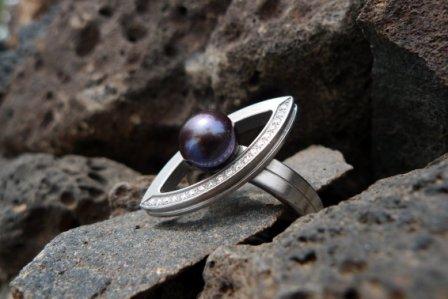 TeNo Ring mit Perle + Brillanten
