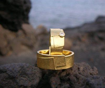 Trauringe des Monats: ARS Ringe in Gelbgold