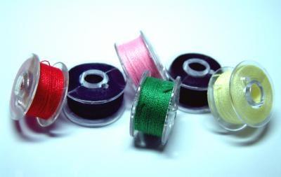 Schmuck aus … Nähmaschinenspulen
