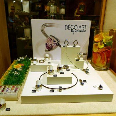 Solitaire Frühjahrsdeko: Perlen