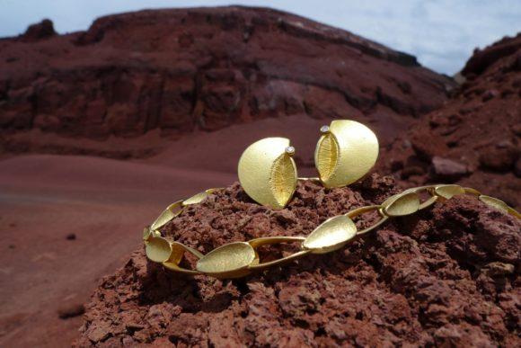 goldene kette im vulkan